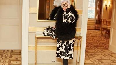 Iris Apfel, It Girl de 93 Anos, Não Faz a Linha Bonita