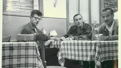Descubrí que mi abuelo traficaba armas y era amigo de William S. Burroughs