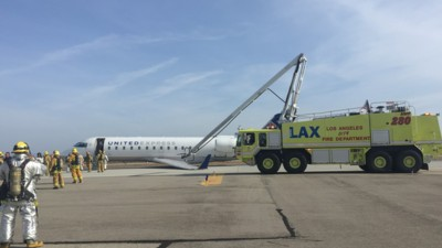 This Is What It's Like to Be in a Plane That Has to Make an Emergency Landing