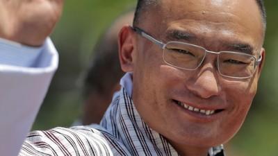 Volgens de premier van Bhutan was zijn volk gelukkiger zonder democratie