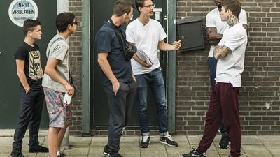 De acteurs in Prins blijven jongens van de straat