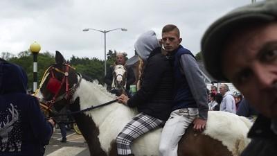 Inside Western Europe's Biggest Annual Gathering of Gypsies and Travelers