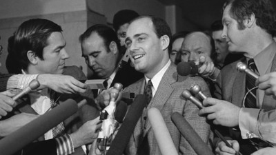 Vincent Bugliosi, the Beast of a Prosecutor Who Took Down Charles Manson, Is Dead