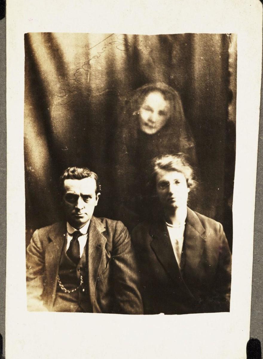 Fotos de fantasmas de principios del siglo 20