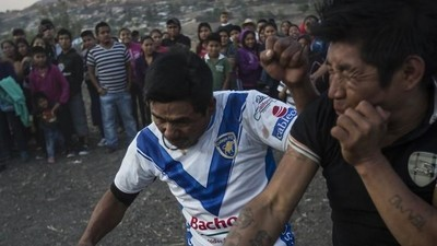 Vechten voor regen in een Mexicaans dorp