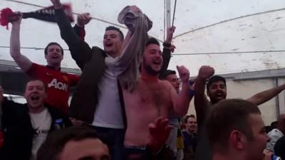Britische Fußball-Fans wissen, wie man Hits covert