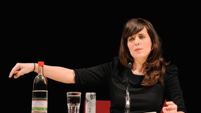 Sarah Kuttner, Nazi-Runen am BER-Flughafen und die Frage nach der Humorfähigkeit des Internets