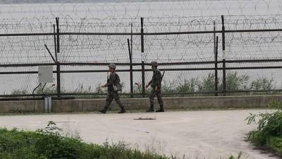 North Korean Braves Walk Across the DMZ to Defect