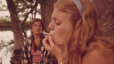 A New Study Says Legalizing Medical Weed Doesn't Lead to More Teens Toking Up