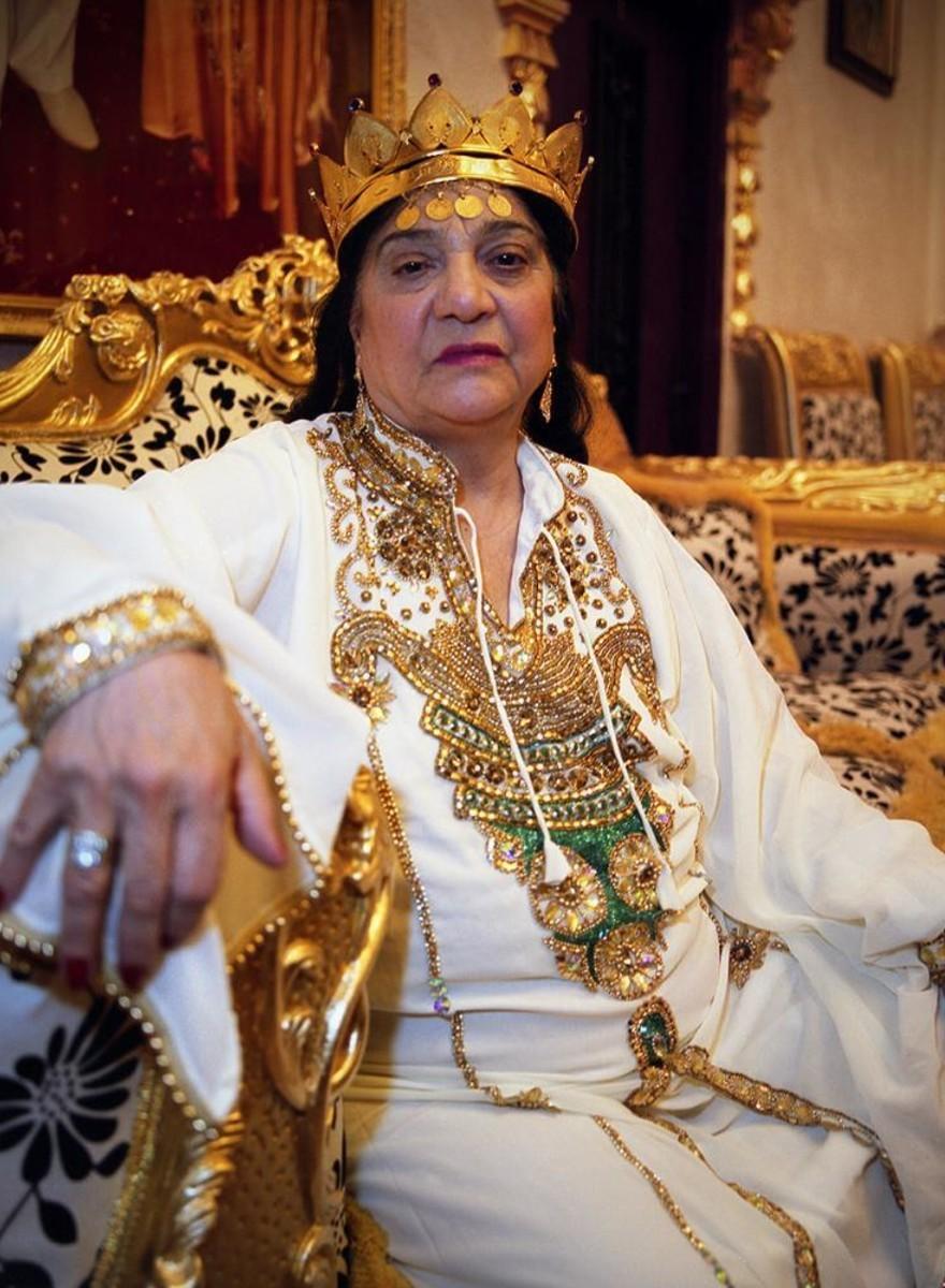 El lujoso mundo de las brujas rumanas