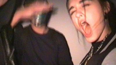 Adolescenţii ruşi dau petreceri de house gothic, unde fac mişto de HIV