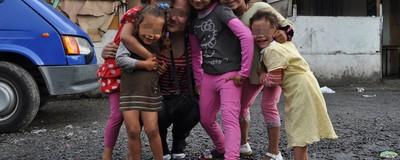 La escuela del jaco: así educan los yonkis a los hijos de los camellos en España