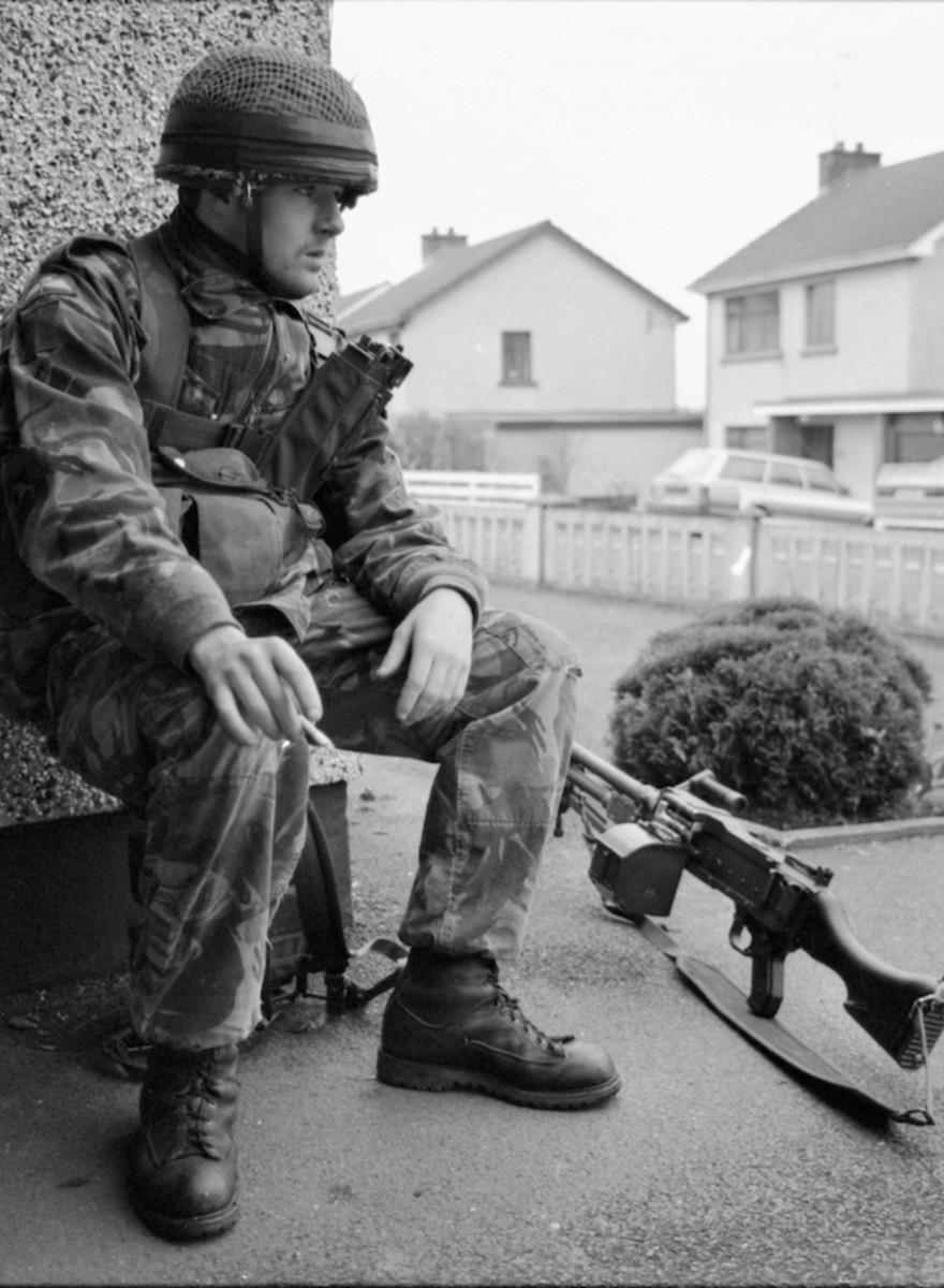 A Former Paratrooper's Photos from the Northern Irish Tour That Led Up to 1992's Coalisland Riots