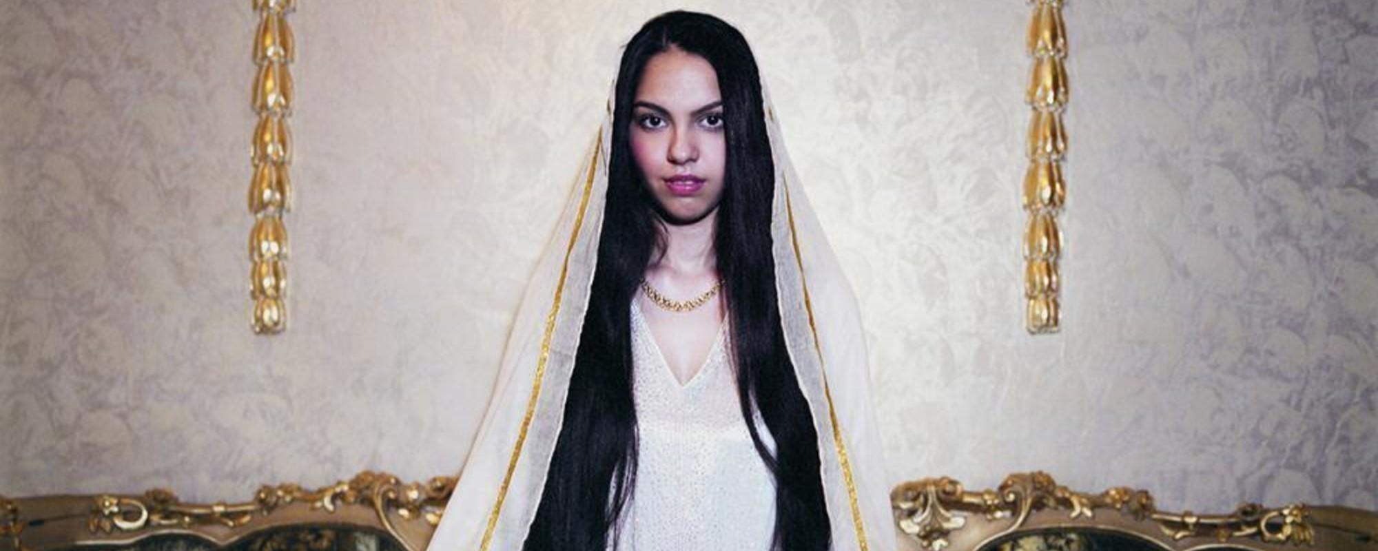 Por Dentro do Mundo Luxuoso das Bruxas mais Ricas da Romênia