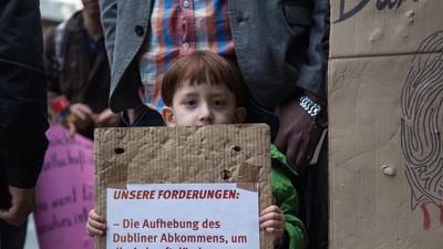 """""""Unsere Familien warten auf den Tod"""" – Syrische Flüchtlinge protestieren in Dortmund"""