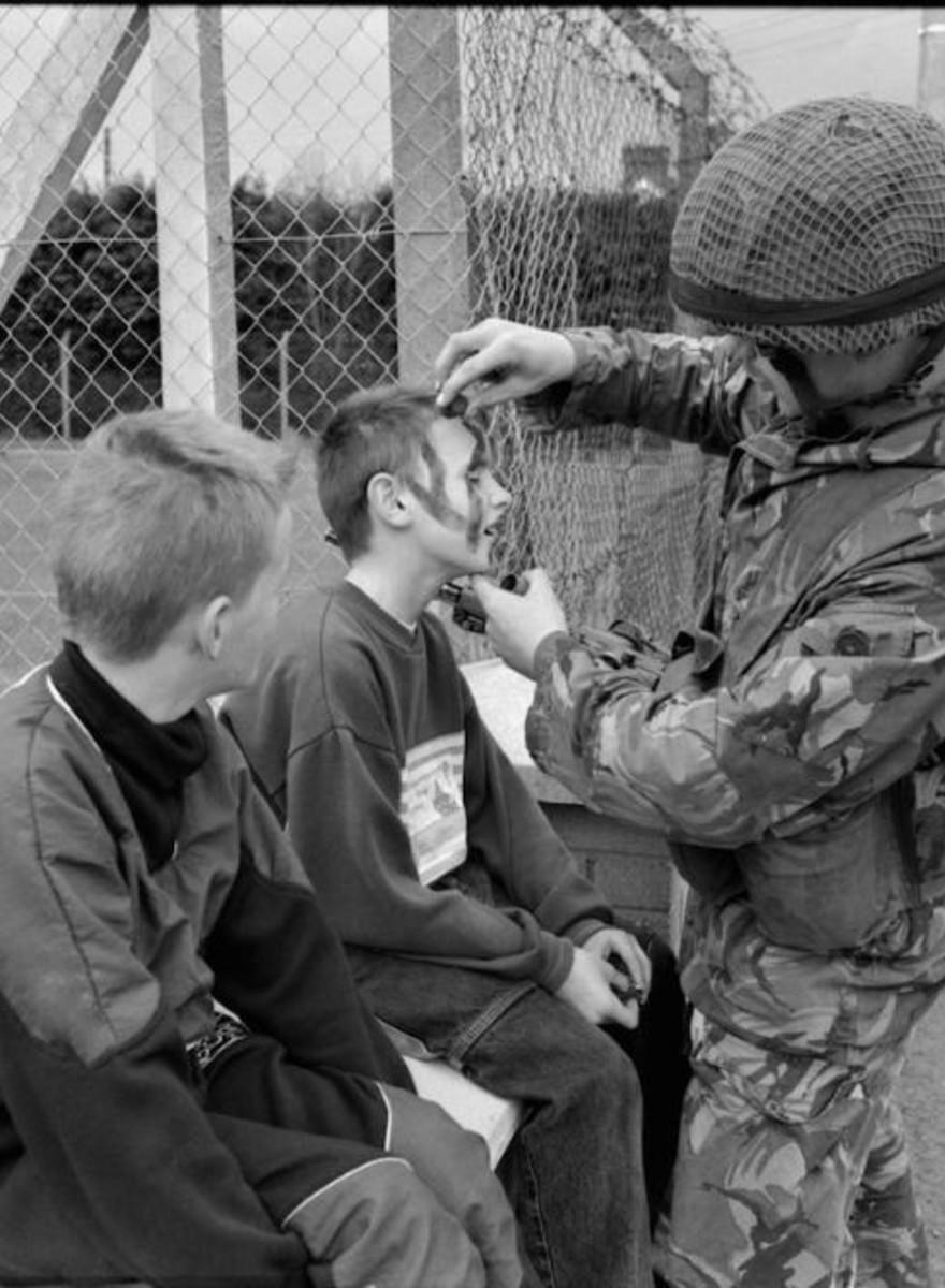 Fotos da Intervenção Inglesa na Irlanda do Norte que Levou às Revoltas de Coalisland em 1992