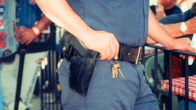 Ein ehemaliger Cop enthüllt auf Twitter die schrecklichen Methoden der Polizei von Baltimore