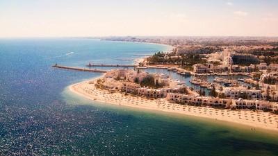 Au moins 27 morts dans un attentat sur une plage touristique en Tunisie
