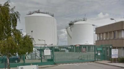Ataque en Francia: varios heridos y un hombre decapitado después de una explosión en una planta de gas