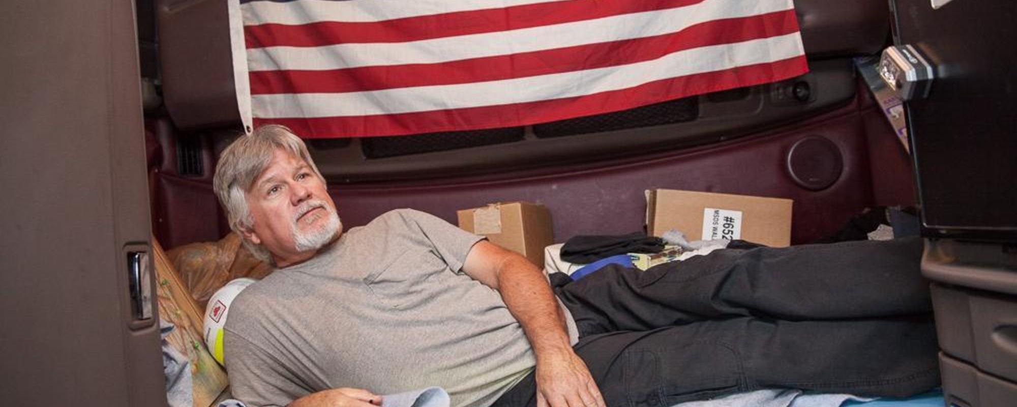 Fotos das Cabines dos Caminhoneiros de Longa Distância dos EUA