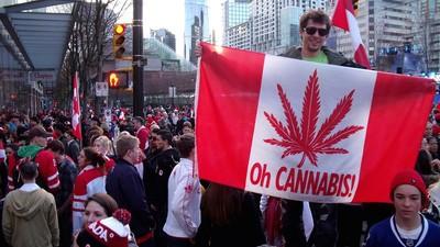 Why American Investors May Prefer Canada's Marijuana Industry