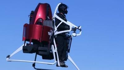Ab 2016 kann jeder dieses Jetpack kaufen und 1.000 Meter gen Himmel schweben