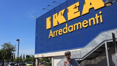 Ho passato dodici ore dentro l'IKEA di Roma