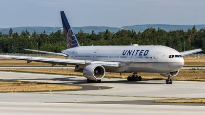 United Airlines Is Going to Power Its Jets with Animal Poop Now