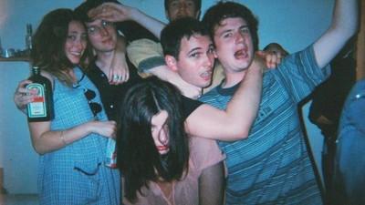 11 Songs, die auf keiner Hausparty fehlen dürfen