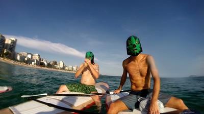 Os Narcoturistas Querem Sua Ajuda pra Viajar