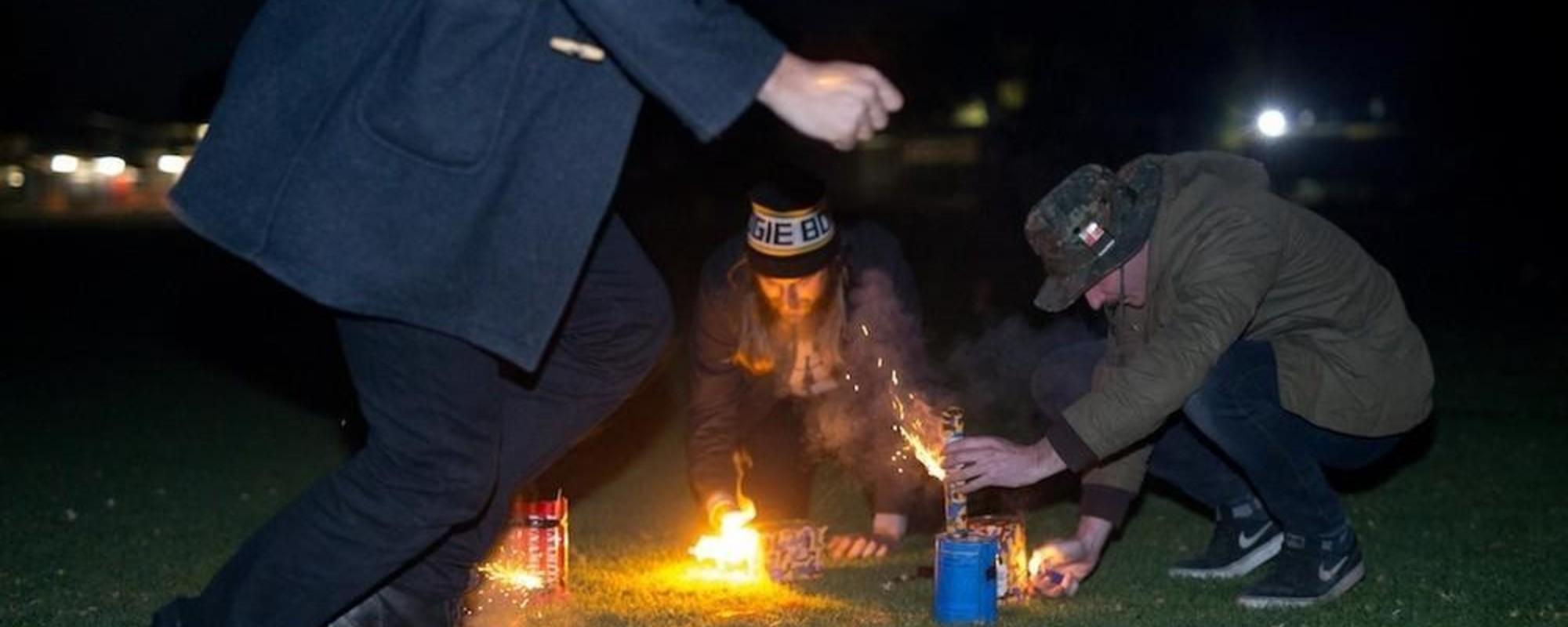 Explodindo Tudo para Comemorar o Dia do Território do Norte na Austrália