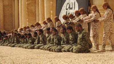 Statul Islamic a publicat un clip cu execuția în masă a unor soldați sirieni