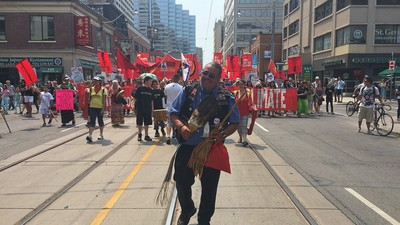 Thousands March in Toronto, Urge Canada to Turn Away From a Fossil Fuel Economy