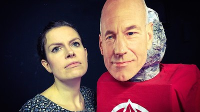 Meet the Woman Putting on an Entire One-Woman Show Dedicated to Jean-Luc Picard