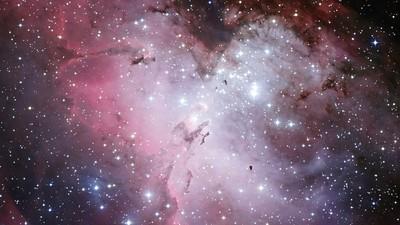 Interview mit einer Astrophysikerin, die gerade eine 5 Milliarden Jahre alte Galaxie entdeckt hat
