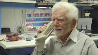Conversámos com Marty Cooper, o pai do telemóvel