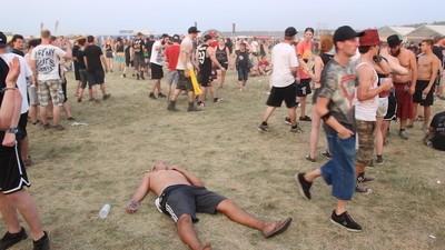 Feiern am Limit – So überlebst du ein Festival bei sengender Hitze