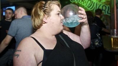 Todo el alcohol que has bebido ya ha jodido definitivamente tu cerebro