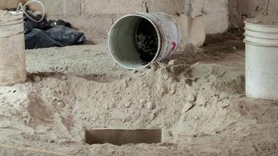 """Abbiamo visitato il tunnel usato da """"El Chapo"""" Guzman per evadere di prigione"""
