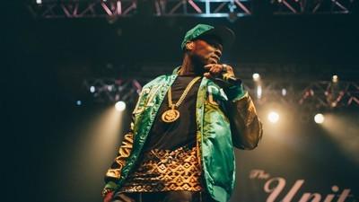 50 Cent a ajuns la sapă de lemn