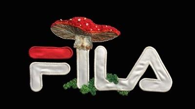 Die wunderschönen Stickereien des Björk-Mitarbeiters James Merry