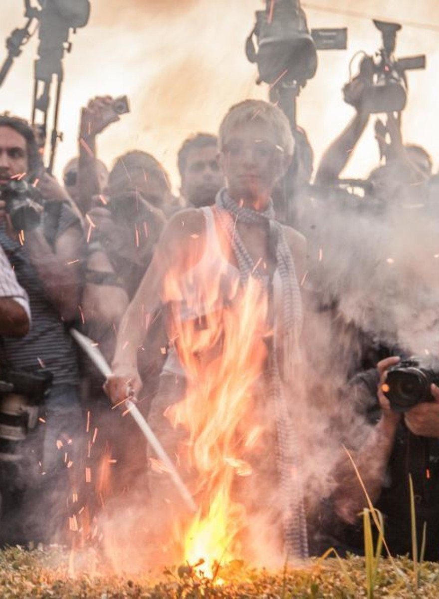 La protesta di Atene contro il nuovo piano di salvataggio della Grecia