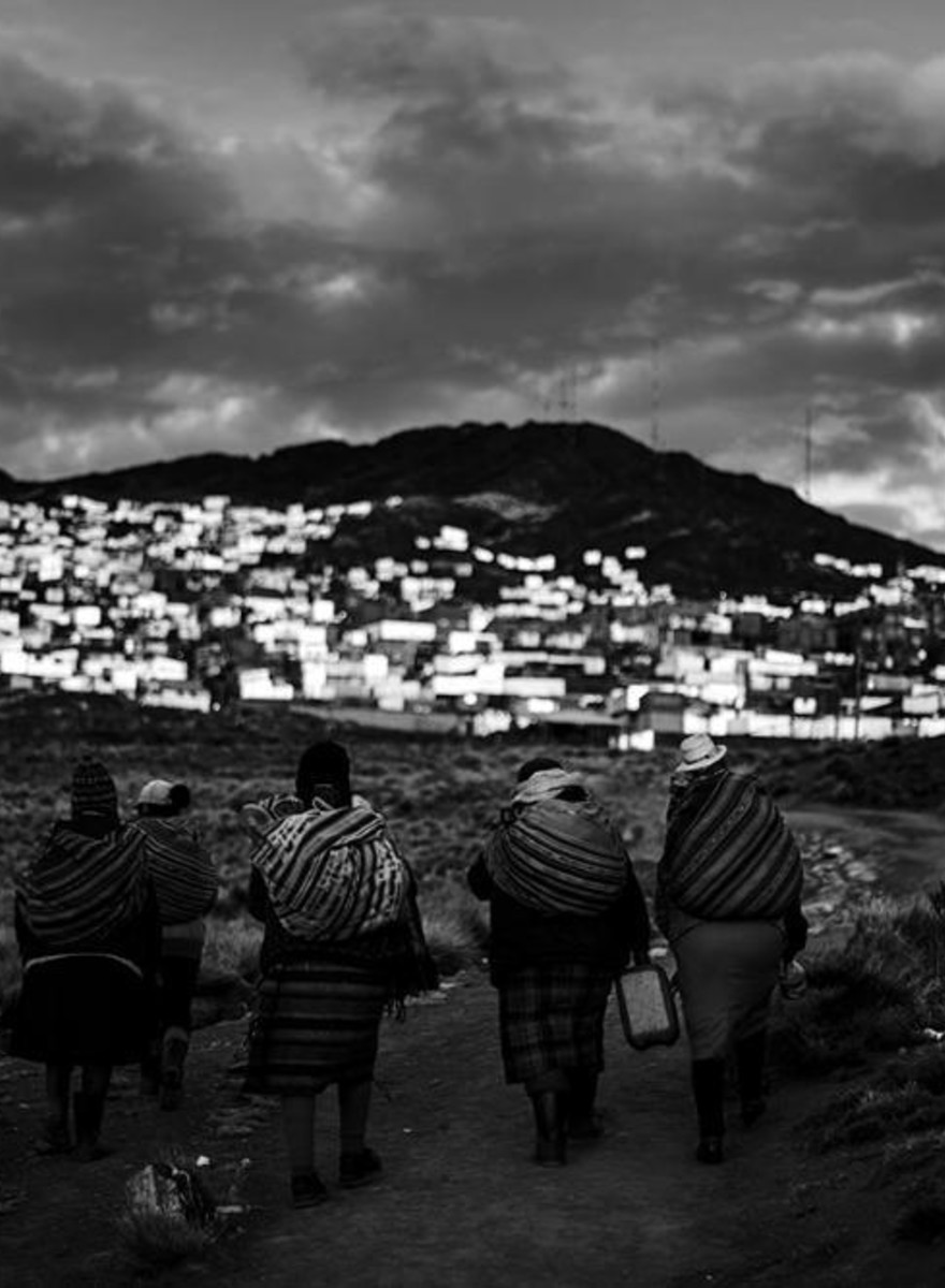 Las mujeres de las minas ilegales de oro en Perú