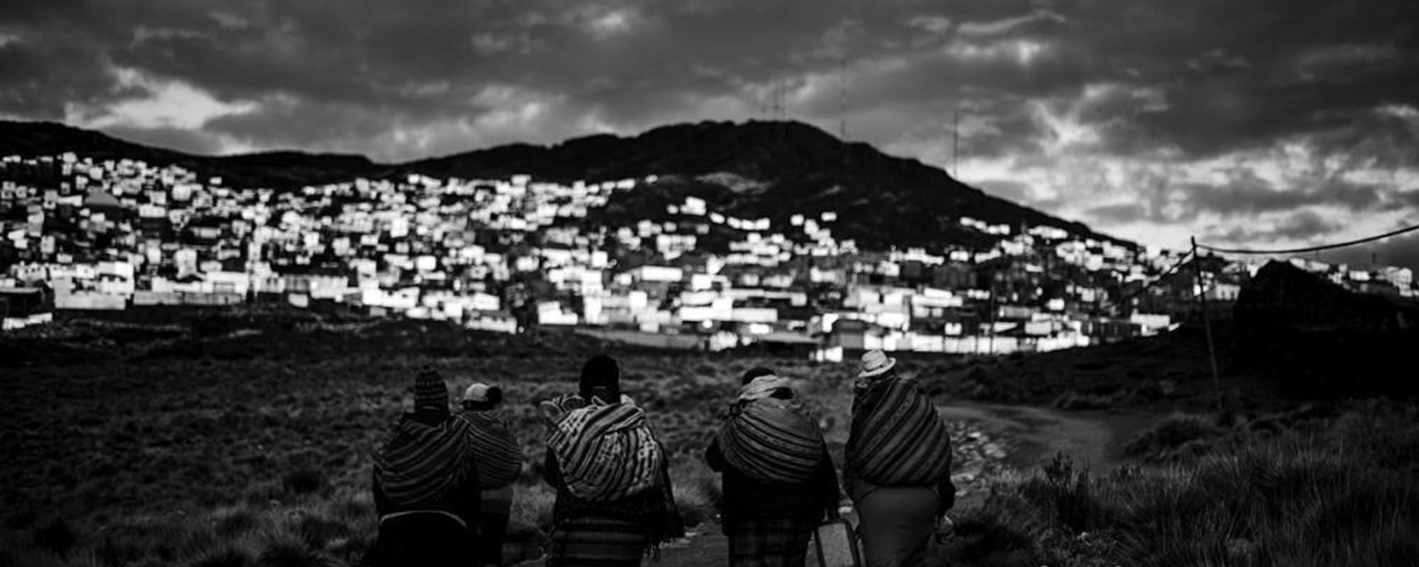Femeile din minele ilegale de aur din Peru