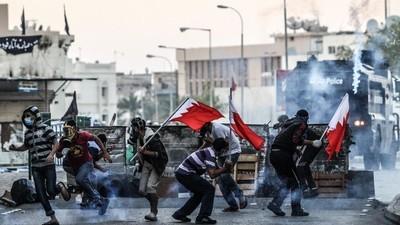 O Levante em Bahrein em Fotos: Bloqueios de Rua, Gás Lacrimogêneo e Luta pelo Direito de Protestar