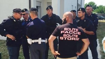 In provincia di Treviso dei cittadini hanno assaltato gli appartamenti destinati ai profughi