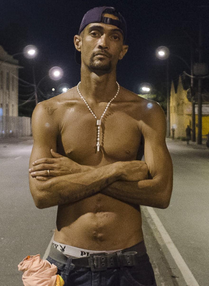 Uma Longa Noite numa Cracolândia Carioca