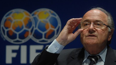 FIFA's Sepp Blatter Got a Bunch of Fake Money Thrown at His Face During a Press Conference