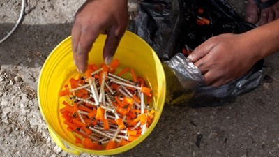 Bucharest's Drug-Addicted Roma Are Being Left to Rot