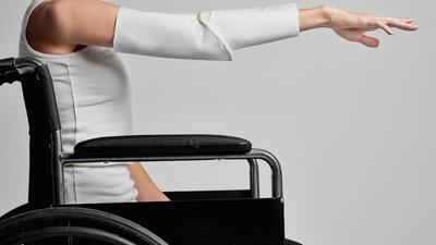 Diese junge Modedesignerin entwirft innovative Mode für Rollstuhlfahrer